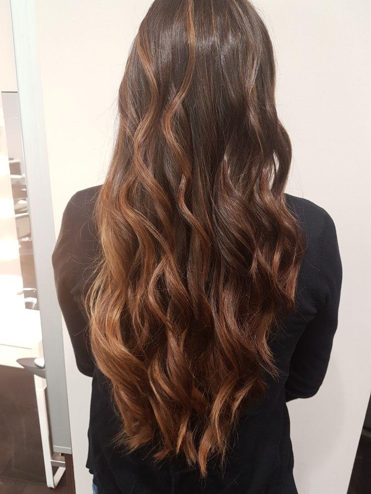 #hair #haircolor #hairinspiration #hairstyles #hairgoals #haircut #hairstyle #hairchange #haircolor #blondehair #babylights #highlights #balayage #peluqueriapamplona #hairdressing #hairdresser #hairdye #hairdreams #gorraiz #peluqueria #pamplona #lorealpro #dialight #balayage #hairstyle #haircut #copperhair #purplehair #waves #yeslorealpro #degradado #balayage #babyligths