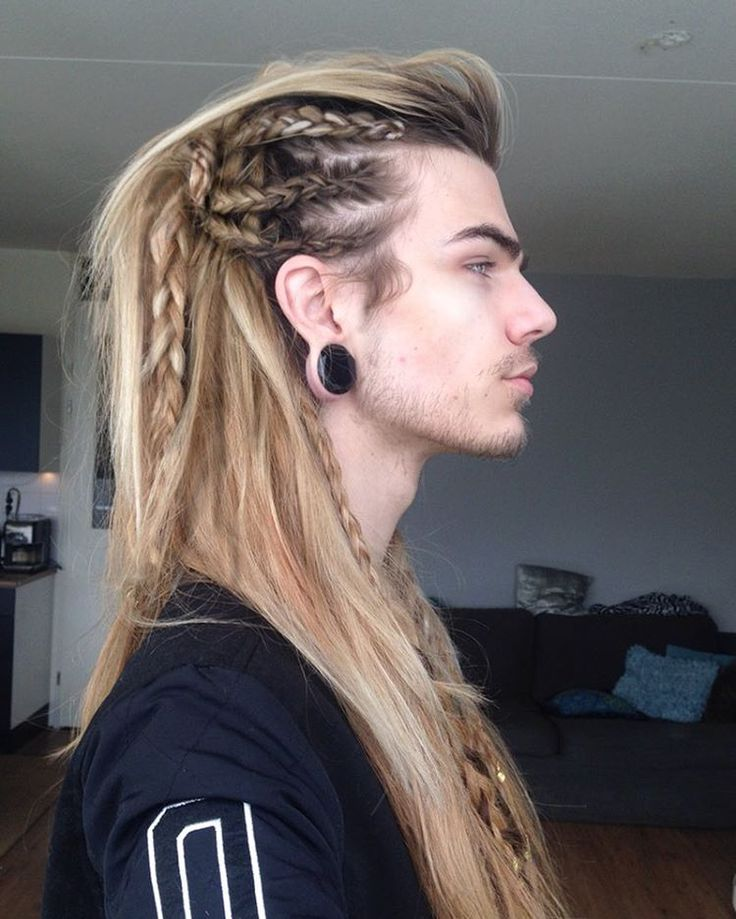 """26.4k Likes, 207 Comments - Nils Kuiper (@lithunium.snow) on Instagram: """"Starting to feel like these side profile shots of 'intricate' hairstyles are taking over my account…"""""""