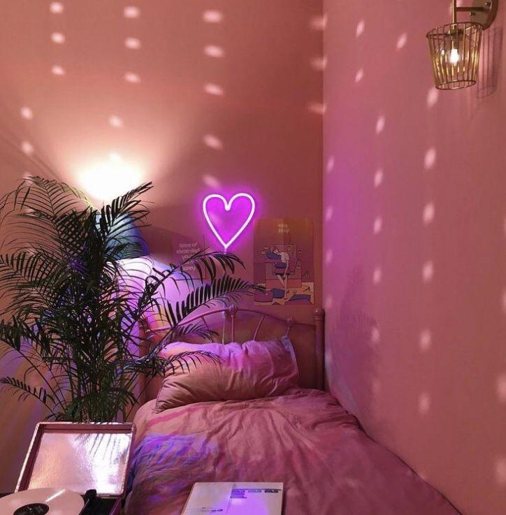 Neon Pink Heart in 2020 | Neon room, Pink bedroom design ...