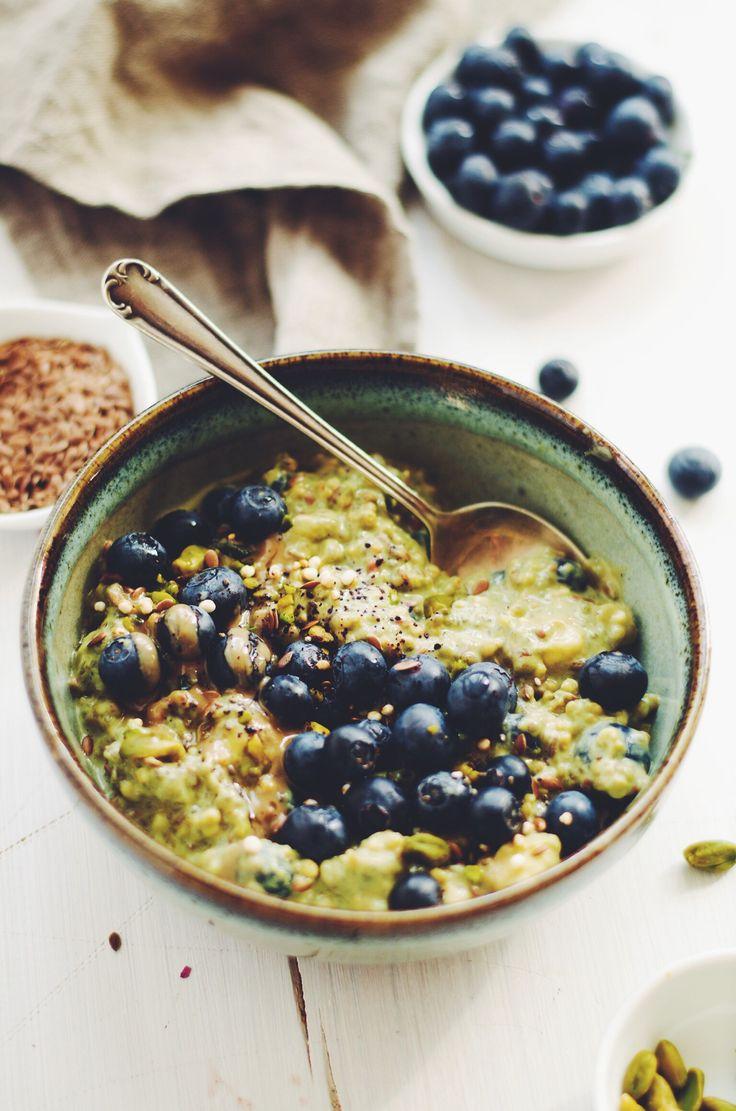 matcha quinoa muesli // vegan & gluten-free