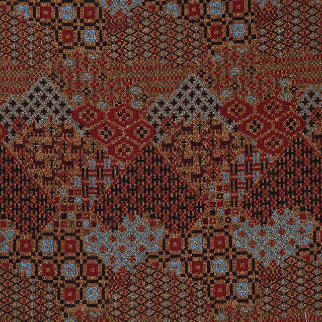 【伝統模様×ゴブラン 金茶(中川政七商店)】/ゴブラン織りは古代西アジアやエジプトに起源を持つ綴れ織り。栃木県足利でゴブラン織りを手掛ける最後の一軒となった新庫工業で織りました。市松や花菱などの日本の伝統模様を鹿や木や花のモチーフときりばめ風に配したテキスタイルです。 #japanesetextiles #textile #patterns