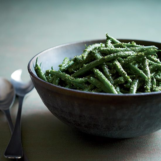 Green Beans with Parsley-Lemon Pesto | This reimagined pesto, made with parsley instead of basil, is fast, fresh and delicious.