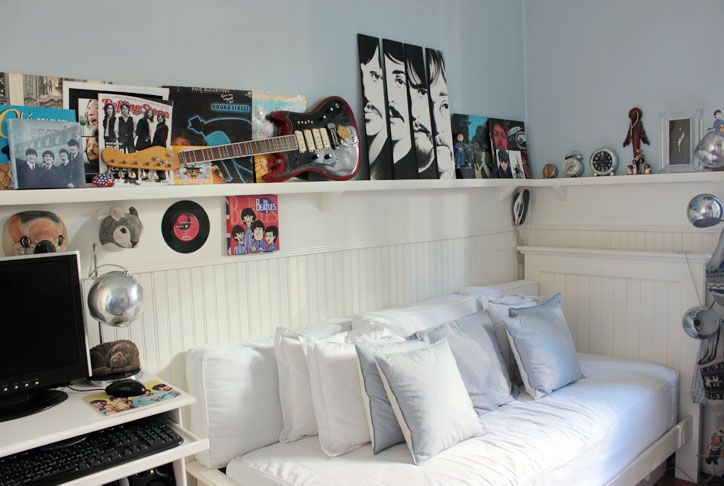 17 best images about let it be beatles crafts on pinterest for Beatles bedroom ideas