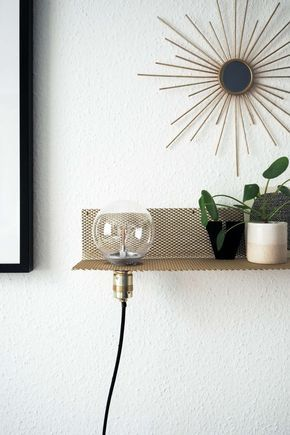 Superb DIY Stylisches Wandregal mit Leuchte