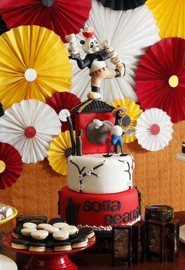 Detalhe do bolo da festa, que tinha como tema Kung Fu Panda (Foto: Vivian Fernandez)