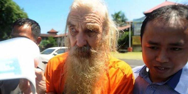 Robert Andrew Fiddes Ellis (68) warga negara Australia, terdakwa kasus pencabulan anak di bawah umur (paedofil) berjanji akan mengungkap…