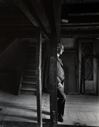 Arnold Newman - Otto Frank, father of Anne Frank, revisiting the house, Amsterdam 1960.