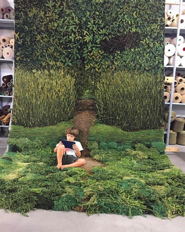 Fantastic rug for the nursery! Kunstværker i uld   Håndlavede tæpper   Boligmagasinet.dk