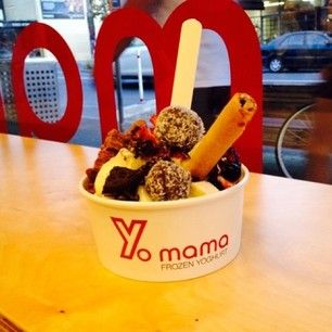 Desserts: frozen yoghurt that is toooo good.