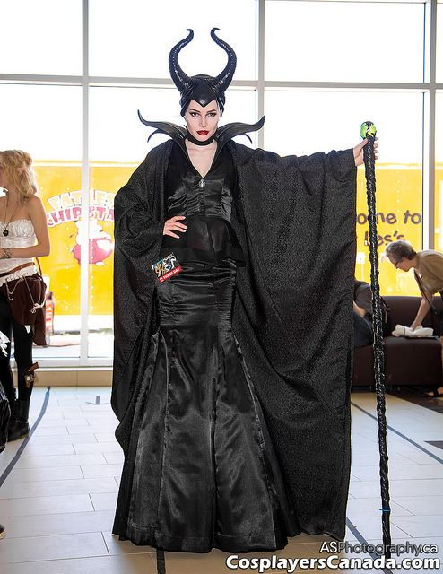 Maleficent cosplay costume at Ottawa Comic Con 2014