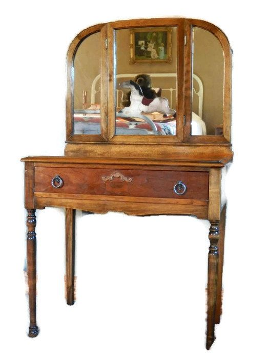 Amazing Antique Dressing Vanity With Tri Fold Mirror And Queen Anne Shell Motif On  Single Drawer,