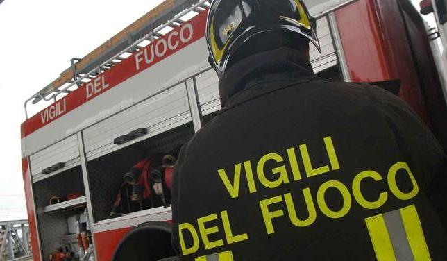 Ossola24 - Incendio di sterpaglie a Crodo e Piedimulera. Vigili del fuoco in azione