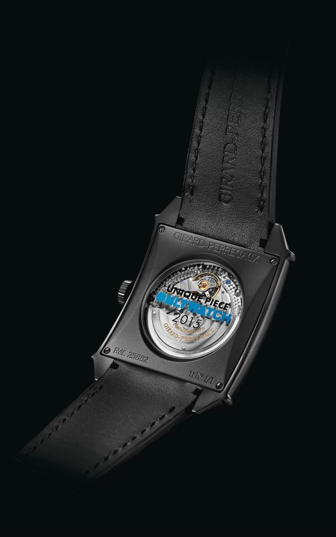 Girard-Perregaux Vintage 1945 XXL Large Date and Moon Phases reverso