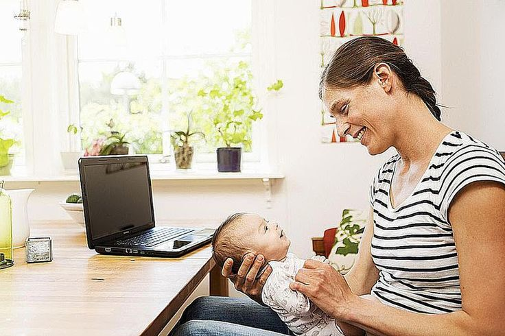 2. A great way to get free baby formula is to go straight to the source. The companies that make baby formula often give out free baby formula samples and coupons to help you get cheap or even free baby formula.  Register with these companies that make baby formula and watch your mailbox for free coupons and samples.  Enfamil Similac Gerber Parent's Choice Member's Mark If you don't get any free formula samples from joining these programs, pick up the phone and give these companies a ca