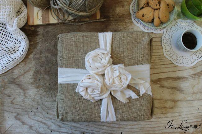 come-fare-pacchi-regalo-con-materiali-naturali-e-di-riciclo