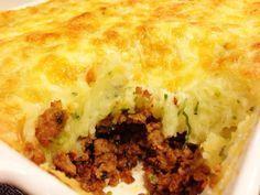 O Escondidinho Cremoso de Carne Moída é um prato completo e delicioso para você servir para os seus familiares e convidados. Todos irão amar! Veja Também: