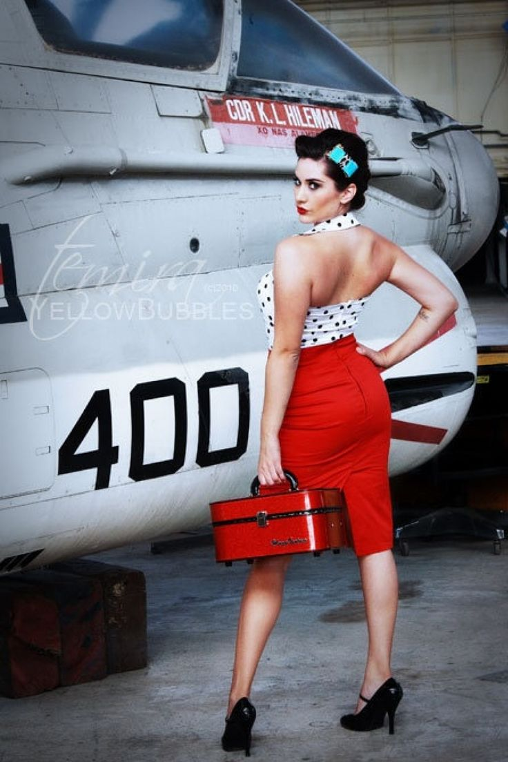 Pinup Couture - PINUP COUTURE Retro Pencil skirt Racy Red