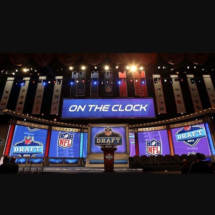 We just dropped our latest #fantasyfootball podcast on the site iTunes Google Play and elsewhere where we breakdown our most recent 12-Team PPR mock draft. We talk late round values bad picks and why you need to be mocking! You can see the results of the draft on the site - link in bio -- #fantasy #fantasylife #fantasy2017 #fantasyworld #fantasydraft #fantasyfootballmock #fantasyfootballmockdraft #ppr #pprmockdraft #mockdraft2017 #fantasyfootballchamp #fantasyfootballproblems…