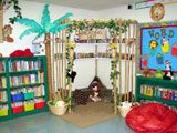 Lots of fun ideas for classroom libraries and reading corners: Reading Area, Classroom Theme, Jungles Theme, Reading Corner, Reading Nooks, Reading Hut, Classroom Libraries, Reading Center, Classroom Ideas