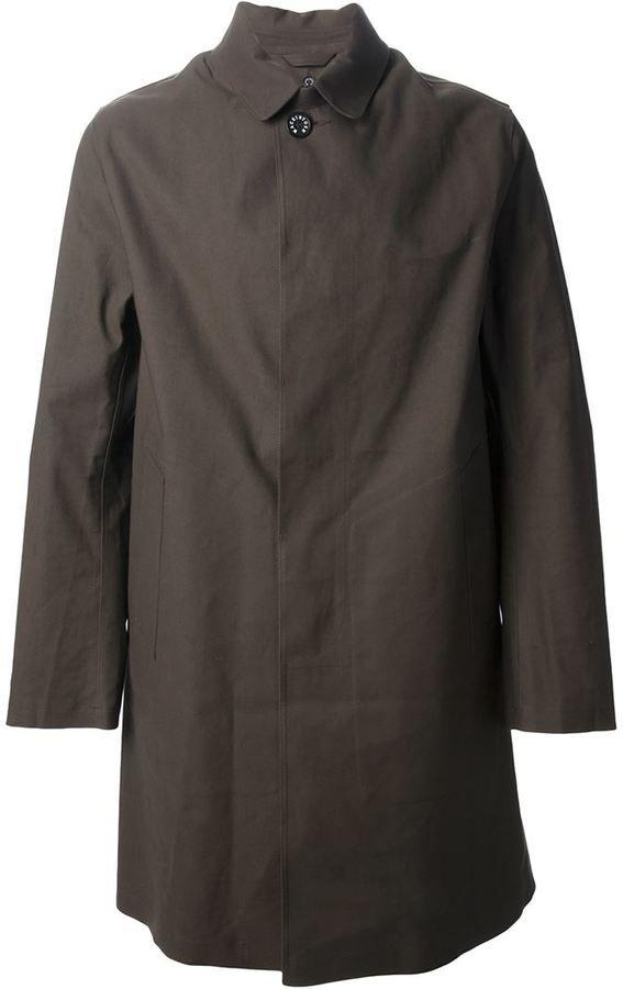 €917, Dunkelbrauner Trenchcoat von MACKINTOSH. Online-Shop: farfetch.com. Klicken Sie hier für mehr Informationen: https://lookastic.com/men/shop_items/136794/redirect