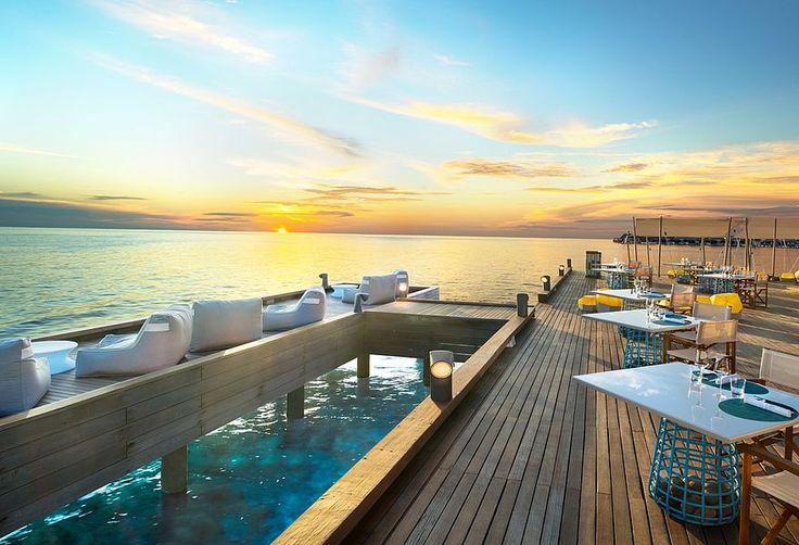 W Maldives Retreat & Spa - dining