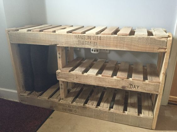 Homemade pallet shoe rack                                                       …
