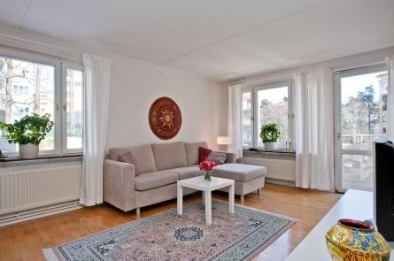 Sandhamnsgatan 42A, Gärdet, Stockholm  3:a · 90 m2 · 6 335 kr · Accepterat pris: 3 790 000 kr