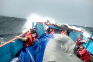 The Impossible Refugee Boat Lift to Christmas Island - NYTimes.com