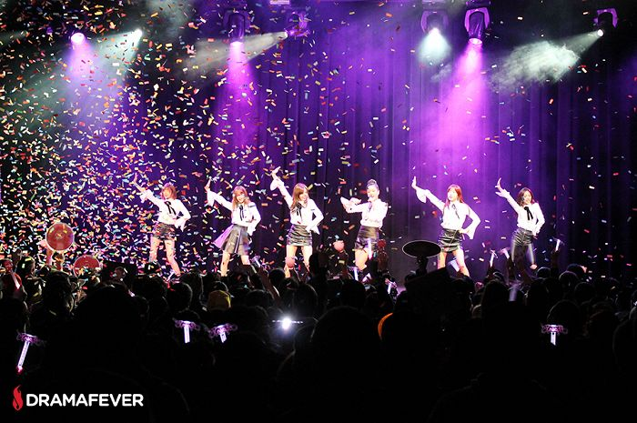 Apink's North American Tour ends happily in Los Angeles [Photos]