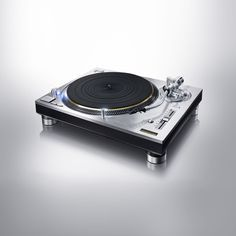 The Technics SL-1200 turntable returns in two new audiophile models | The Verge
