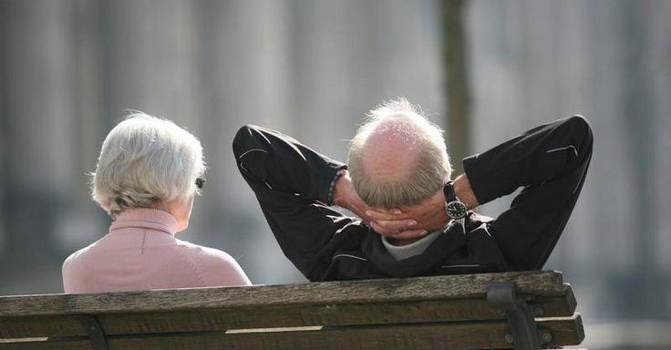 Jetzt lesen: Sonst droht Altersarmut - Private Altersvorsorge: Warum Sie auch heute noch sparen sollten - http://ift.tt/2eILeKs #nachrichten