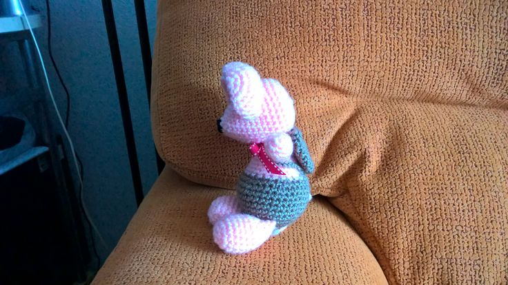 Ratoncito Perez en rosa a ganchillo
