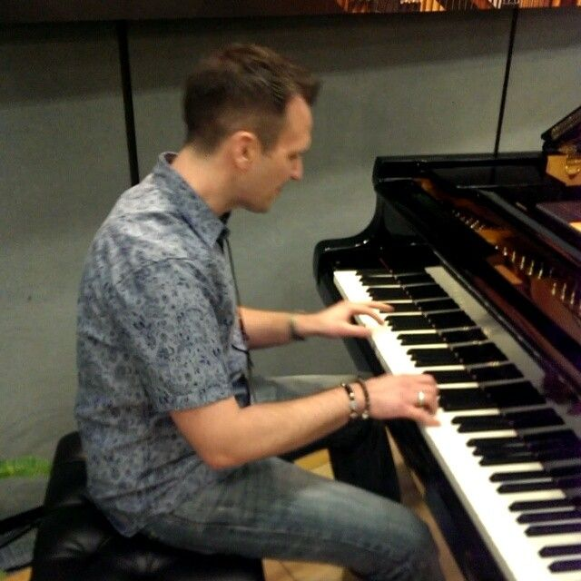 Pianist Jonathan May plays the Shigeru Kawai EX Concert Grand at the 2016 NAMM Show.  soundcloud.com/jonathanmaymusic YouTube.com/user/pianowithjonny #namm #thenammshow #pianist #pianistofinstagram #piano #shigerukawai #pianowithjonny