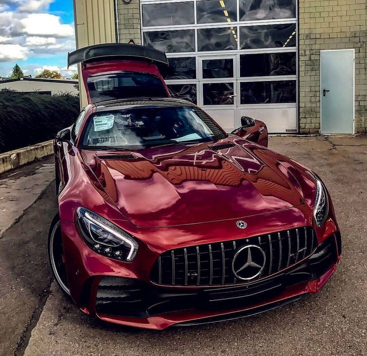 409 likes  2 comments    amg gtr  mercedes