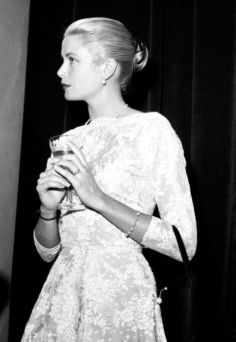 jeannecrains:  Grace Kelly at the Cannes Film Festival, 1955                                                                                                                                                                                 More