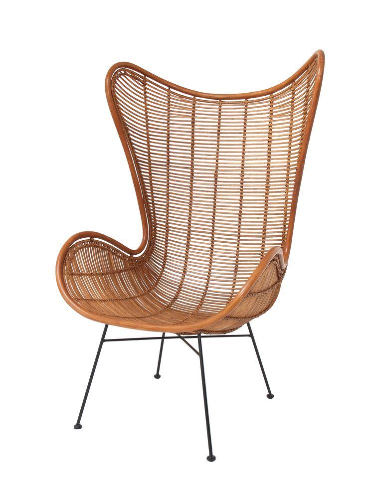 Wegzinken in de comfortabele rotan Egg Chair. € 379,- www.hkliving.nl