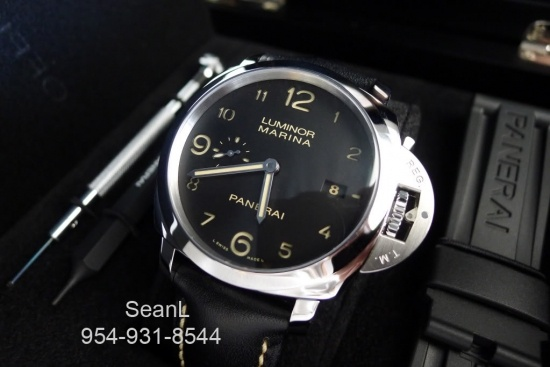 Panerai 359 Luminor Marina 1950 3 Day Automatic Stainless Steel  http://www.collectionoftime.com/specification.php?wid=207=16=12