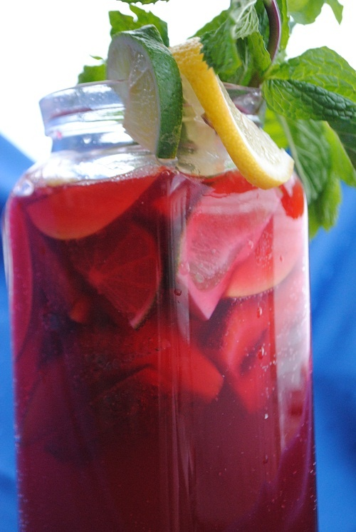 My recipe for No-Alcohol Cranberry Sangria can be found in our Ramadan Recipes App for iPhone: http://itunes.apple.com/us/app/ramadan-recipes-healthy-halal/id542098553?ls=1=8