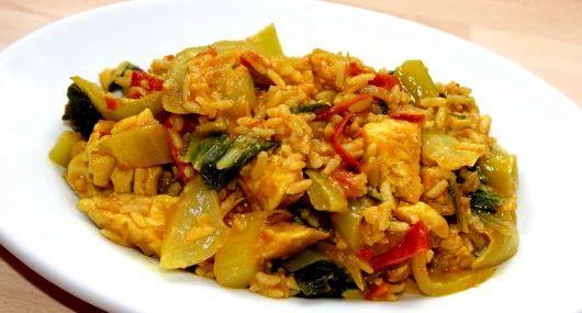 Currys csirkés egytálétel recept
