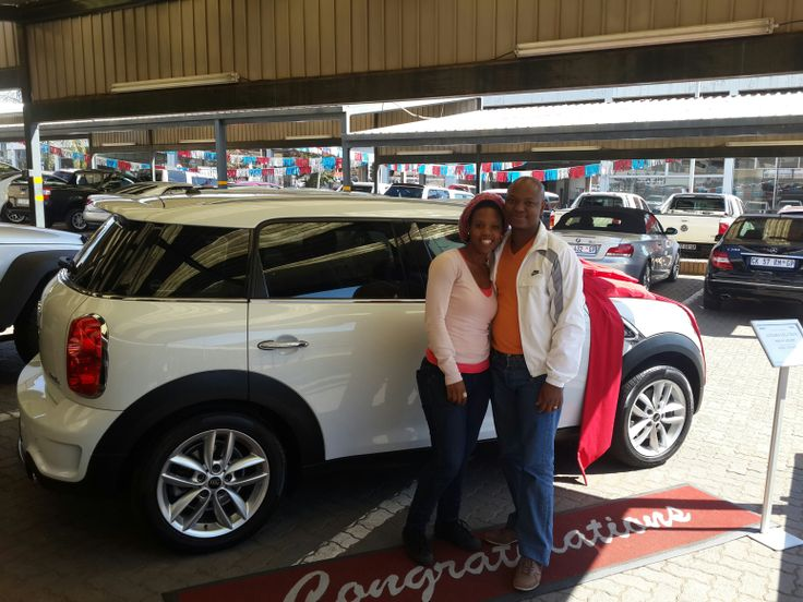 Miss Mbali Mkhize drove away in her brand new Mini Cooper Countryman delivered from Centurion, PTA.  We wish you all the best :)