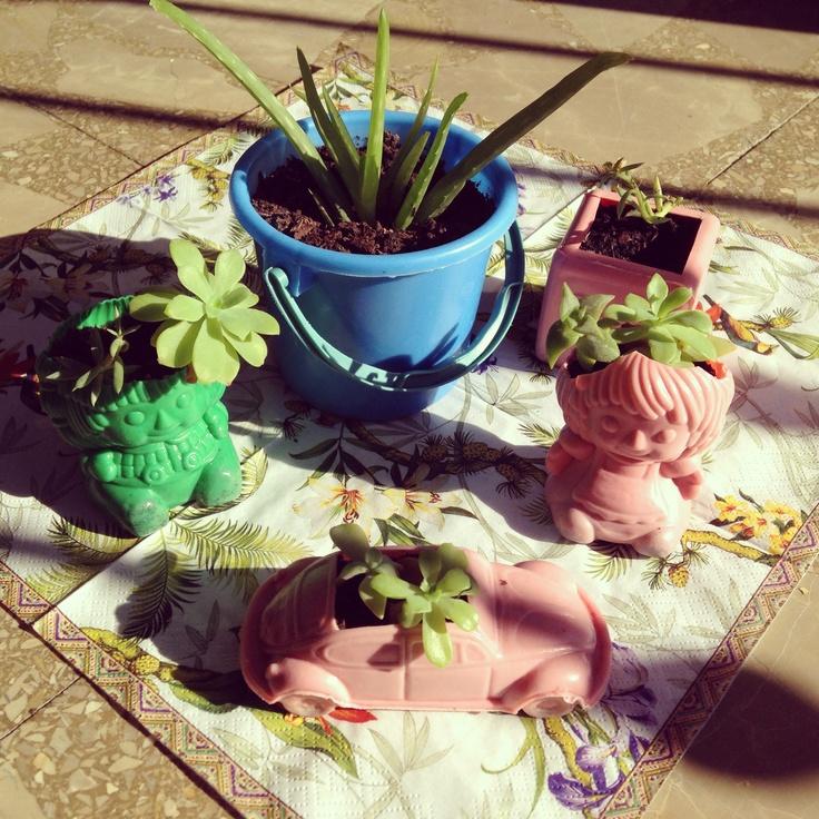 Macetitas en juguetes de piñata