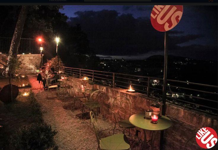 Una suggestiva terrazza del #Likeus_party a #Parugia