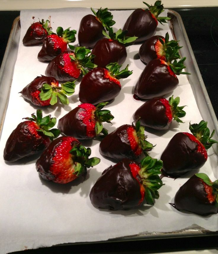 Atkins Chocolate Covered Strawberries