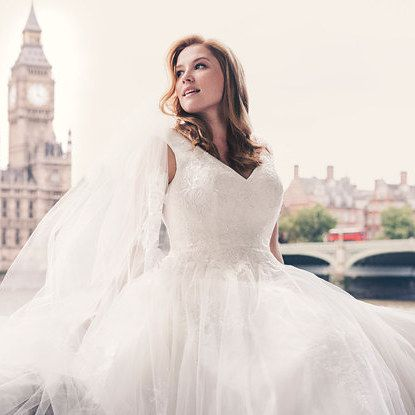 You'll Love David's Bridal's New Ad Campaign Starring A Size-14 Model