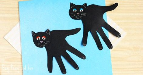 There is still enough time do plan a quick Halloween craft for kids – make an adorable (and spooky) handprint black cat craft. *this post contains affiliate links* Handprint Black Cat Craft What you need: black construction paper pencil white or silver gel pen wiggle eyes stickers scissors glue Trace your hand on the black …