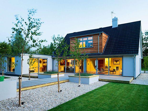 Contemporary bungalow extension