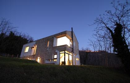 Picure House in Ripartisone, Italy- Barilari Architetti