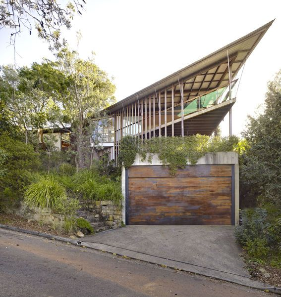 Wedge House | Whale Beach, NSW, Australia | Peter Stutchbury Architecture