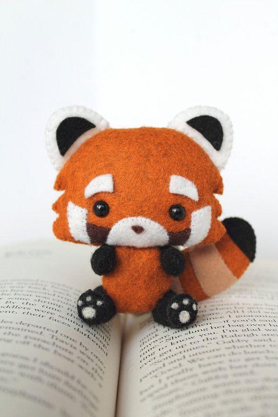 pdf pattern felt red panda nogget plush plumes peluche et feutre. Black Bedroom Furniture Sets. Home Design Ideas