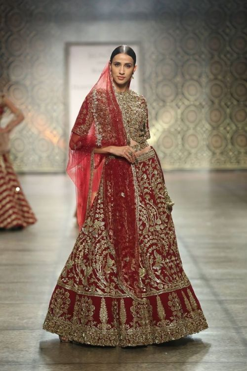 Rimple and Harpreet Narulaat India Couture Week 2016 - Look 3